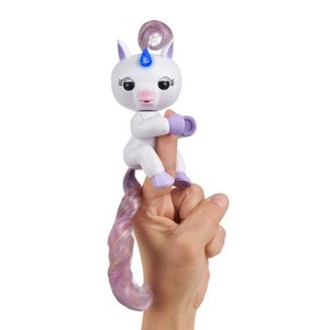 RoboHome - WowWee Fingerlings Light Up Unicorn